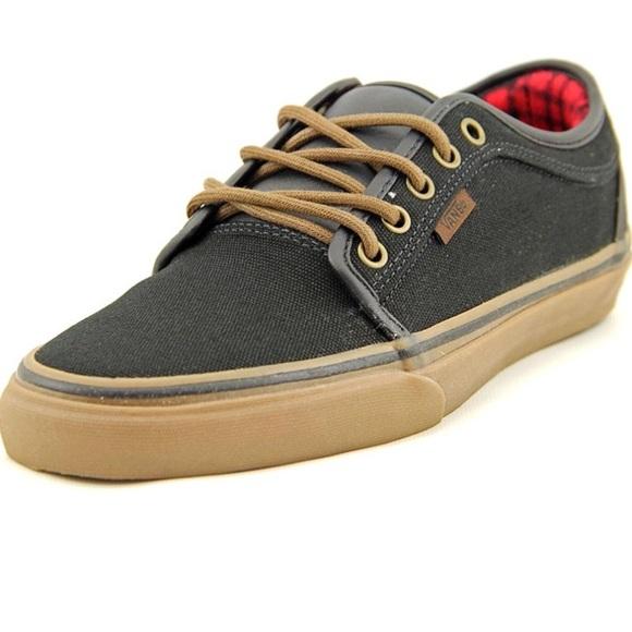 c181e4cba77 Black   brown chukka low top vans skater shoes. M 5a61879672ea887f46d003b0